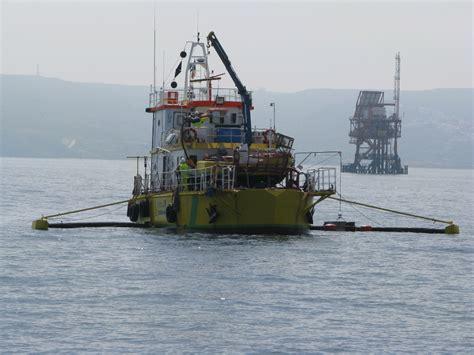 porto di crotone esercitazione antinquinamento della capitaneria di porto