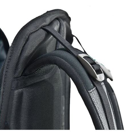 alienware 18 inch vindicator backpack awvbp18 discontinued by manufacturer buy in