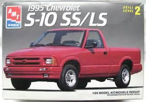 amt 1 25 1995 chevrolet s 10 ss ls sport 6187