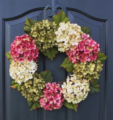 How To Make Handmade Wreaths - 25 best ideas about hydrangea wreath on