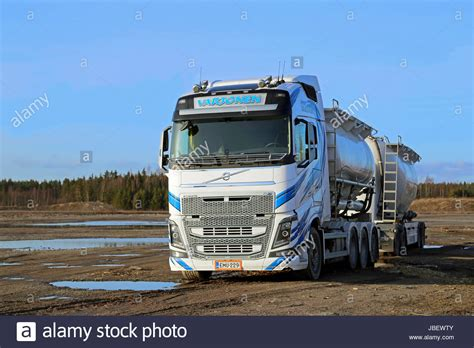 volvo lorry volvo lorry stockfotos volvo lorry bilder seite 3 alamy