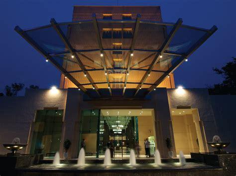 Pune Address Search 5 Hotel In Pune Vivanta By Taj Blue