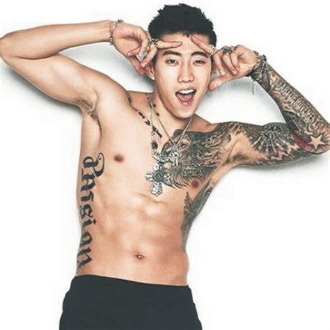 idols with tattoos k pop amino