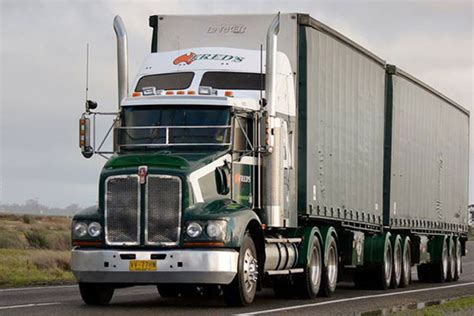 interstate refrigerated transport australia fred s interstate transport truck freight linehaul