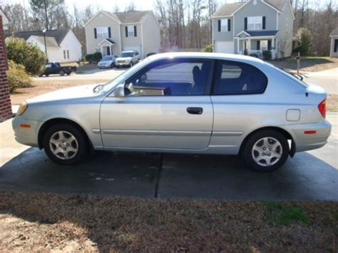 2004 Hyundai Accent Hatchback by Sell Used 2004 Hyundai Accent Gl Hatchback Two Door