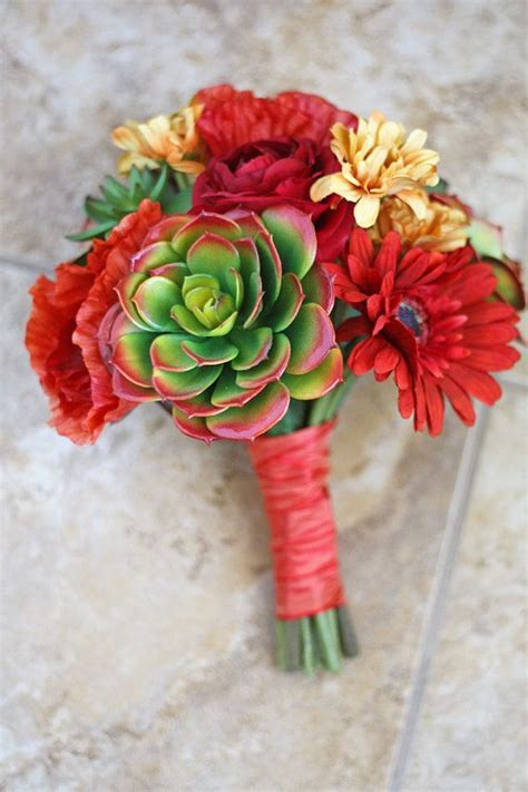 Best 25  Small bridal bouquets ideas on Pinterest   Simple