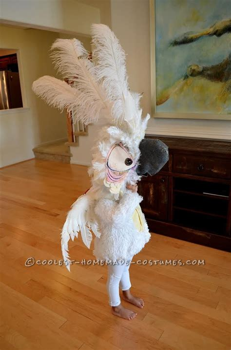 cool nigel parrot costume    rio