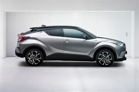 toyota new c hr toyota c hr revealed 2016 s quirkiest qashqai rival is go