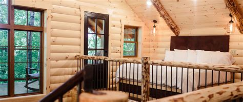 treehouse cabins in berlin ohio rustic treehouse lodging in berlin ohio