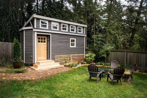 backyards for rent 9 tiny homes you can rent right now curbed