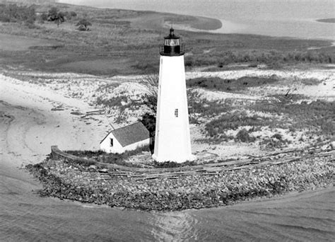 point comfort new point comfort lighthouse virginia at