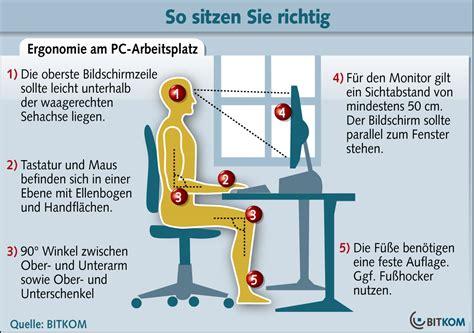 richtig sitzen am schreibtisch bye bye genickstarre ergonomischer arbeitsplatz teil