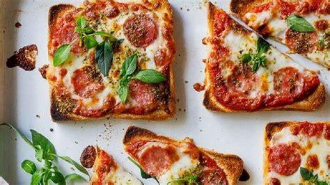 Panggangan Roti Tawar mudah dan simpel banget resep pizza mini roti tawar yang