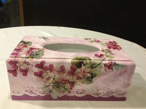 Tissue Paper Decoupage Ideas - chustecznik decoupage tissue box
