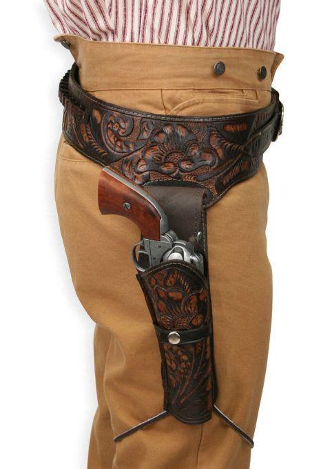Blackhawk Set Brown 44 45 cal western gun belt and holster rh draw two