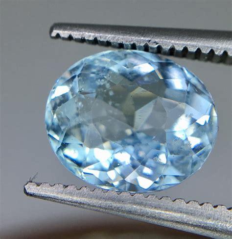 Aquamarine 1 50 Crt 1 85 crt aquamarine faceted gemstone