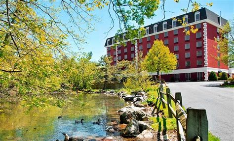 comfort inn hershey park pa hotel near outlet mall and hershey s theme park groupon