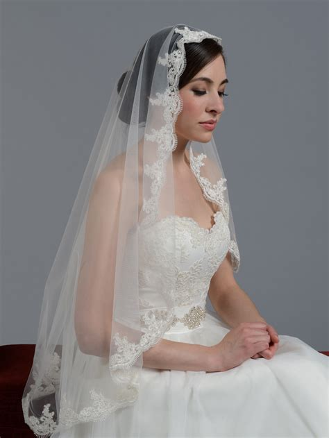 wedding veils mantilla veil fingertip chapel alencon lace wedding veil v027