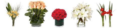 arreglos florales de azucenas floreras tu jardn arreglos florales flores centros de mesa canastas de