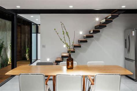 casa y co dise 241 o de casa larga y angosta con planos y fachada inlcuida