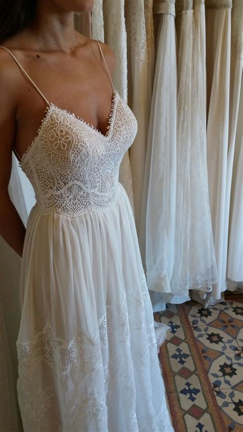 Best 25  Vintage lace dresses ideas on Pinterest   Vintage