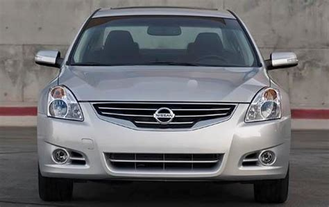 nissan altima gas type 2010 nissan altima gas tank size specs view manufacturer