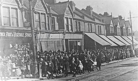 houses to buy walthamstow ration queue forest road walthamstow c 1917 waltham forest borough photoswaltham