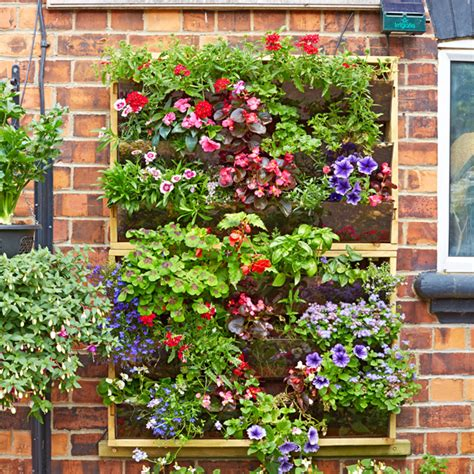vertical growing with planters create a living green wall