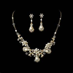wedding jewelry how to choose wedding jewelry for bridesmaids best wedding hairstyles haircuts
