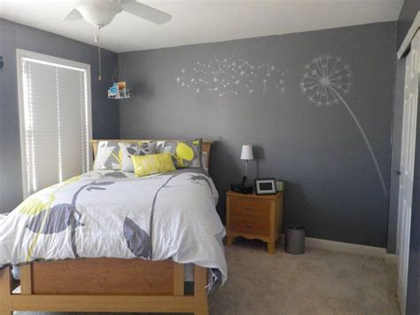 yellow and gray bedrooms 38 best images about decorating on pinterest