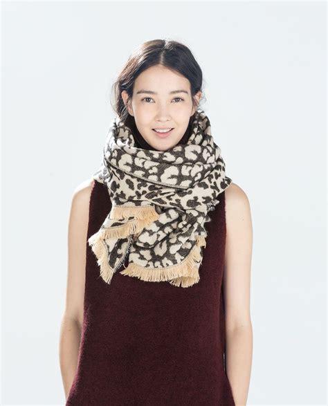 maxi bufandas zara de temporada tu moda