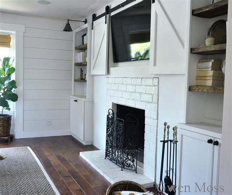 Gwen Moss My Diy Cottage Style Fireplace Mantel Reveal Cottage Style Fireplace Mantels