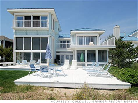 house to buy 8 vacation homes to buy now fall is the time to buy 1 cnnmoney com