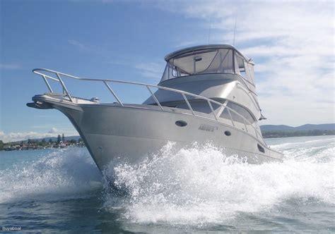 boats online riviera 36 aluminium flybridge cruiser like riviera power boats