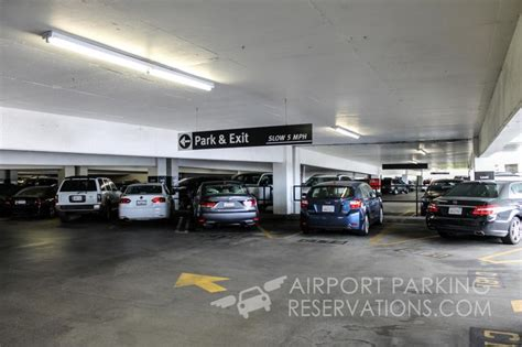 garaje reservations airport center express parking lax reservations reviews