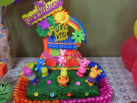 Backyardigans Worm Backyardigans Movers Of Cake Ideas And Designs
