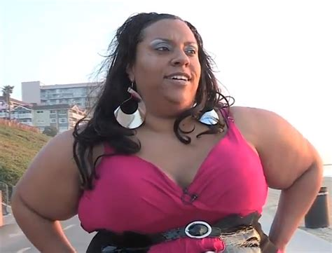 who is the huge tit black lady from the liberty mutual comercial the biggest butt in the world you won t believe how