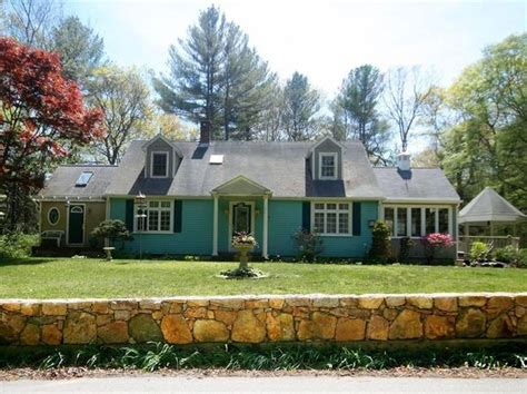 dartmouth real estate dartmouth ma homes for sale zillow
