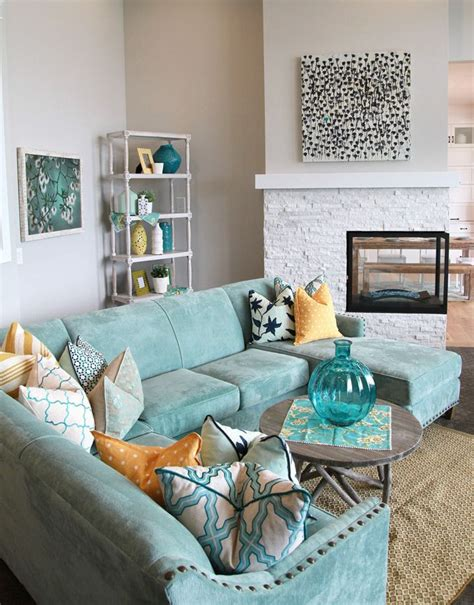 House Of Turquoise Living Room by Guest Luciane From Home Bunch