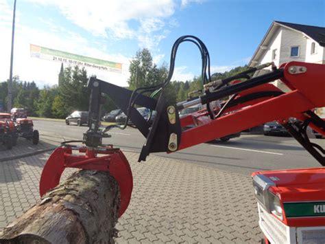 Traktor Neu Lackieren Kosten by Kleintraktor Allrad Traktor Kubota B1400d Frontlader Neu