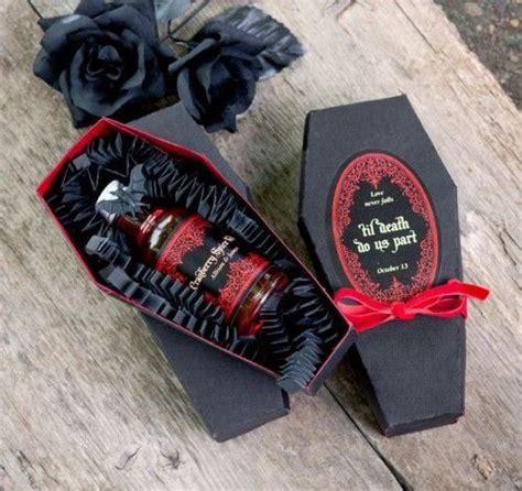 easy diy gothic gifts 9 elegantly spooky wedding ideas