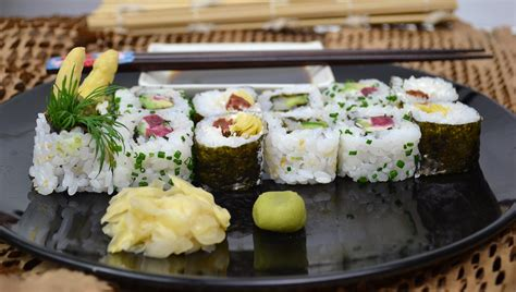 vegetarian recipes for to make vegetarian sushi rolls recipes to make at home dont ask