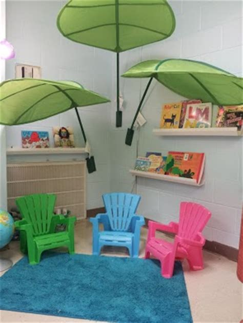 ikea leaf reading corner love my ikea leaves for my classroom