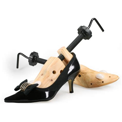 shoe stretcher for high heels 2 x new shoe stretchers wooden shaper fit sizes au5