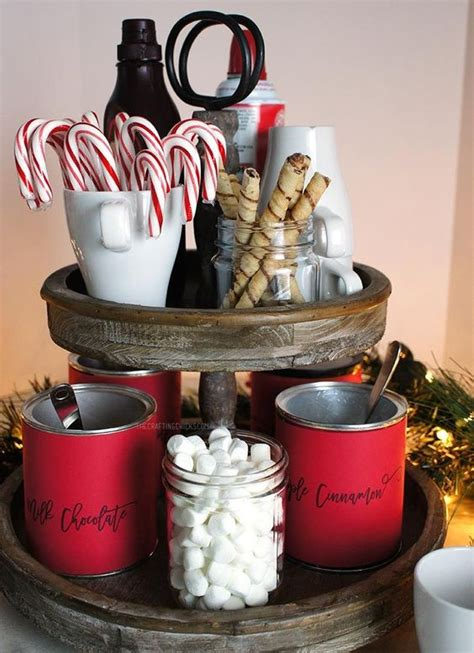 How To Make A Rustic Kitchen Table - 26 cozy christmas kitchen d 233 cor ideas shelterness