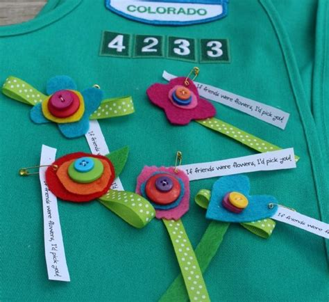 girl guide themes 27 swaps ideas for girl guides and girl scouts hello