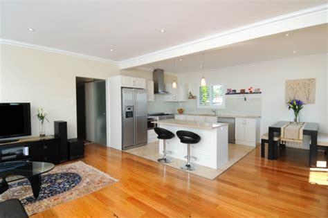 small open plan kitchen designs offene k 252 che mit wohnzimmer pro contra und 50 ideen