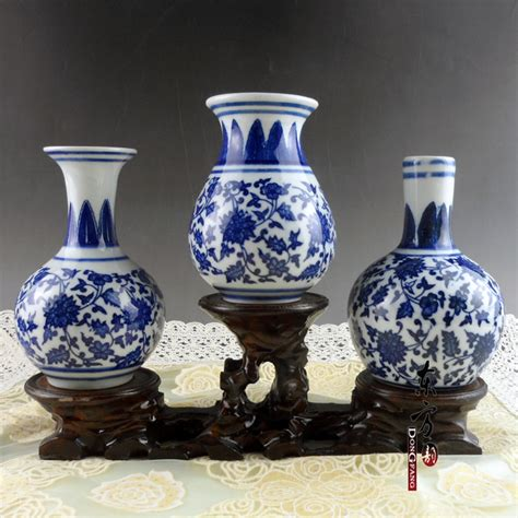 jingdezhen ceramic painted blue and white porcelain