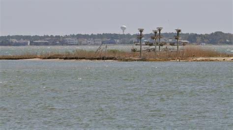 bay boats to avoid sandbar closes boating channel near massey s landing