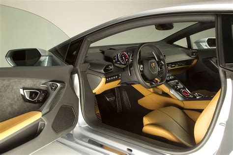 lamborghini huracan inside all new 2015 lambroghini huracan pics article mbworld